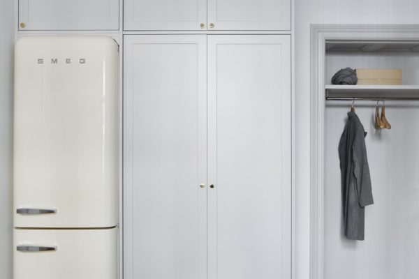 integreret smeg køleskab i skabsvæg