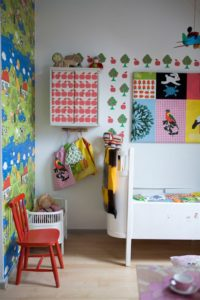 childrens-room-colourful-wall-decoration-752-ikea-living-bc3b8rnevc3a6relse-indretning-interic3b8r-boligcious-boligindretning12