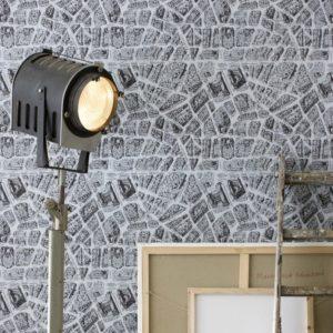 ferm-living-sten-sort-hvid-tapeteksperten-dk-tapet-tapeter-fotostat-indretning-bolig-boligindretning-design-interic3b8r-maling-b
