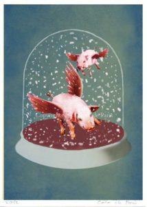 2 flying pigs in snow globe (og nej, jeg tar' ikke p.. på dig) – Dagens Poster