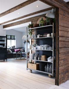 kitchen-shelves-stue-alrum-indretning-bolig-opbevaring-reol-home-decor
