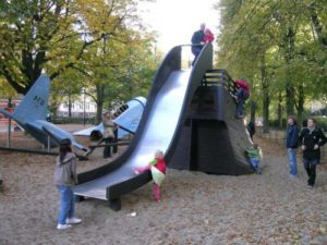 boligcious-design-legeplads-playground-monstrum-play-scapes-bermudatrekanten-noerrebro