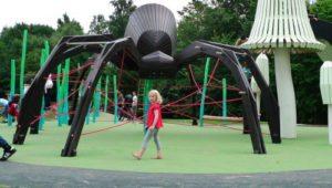 boligcious-design-legeplads-playground-monstrum-play-scapes-edderkoppen-kongevaenget