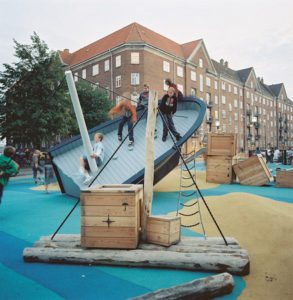 boligcious-design-legeplads-playground-monstrum-play-scapes-trinidad-sdr_boulevard3
