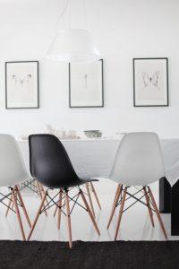 spisestue-eamesstole-koekken-chair-spisebord-limited-dining-indretning-bolig