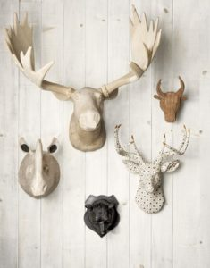 boligcious-home-decor-interior-trophy-wall-jagttrofae-vaegdekoration-opsatser-faux