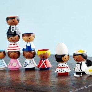 boy-handyman-bordfolk-danish-eggcup1