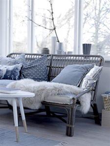 Brug havemøblerne indendørs