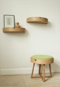 oak_2closed_stool_300