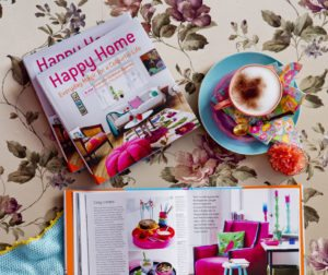 GIVE AWAY: HAPPY HOME