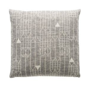 fuss-pillow-a23-natur-42x42cm-72dpi