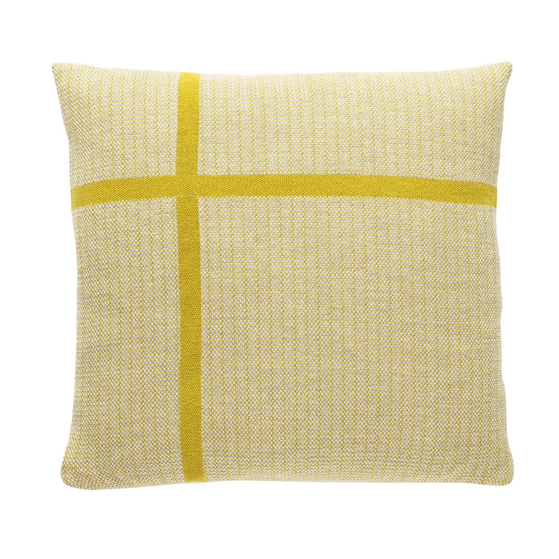 fuss-pillow-a16-fiore-42x42cm-72dpi-1