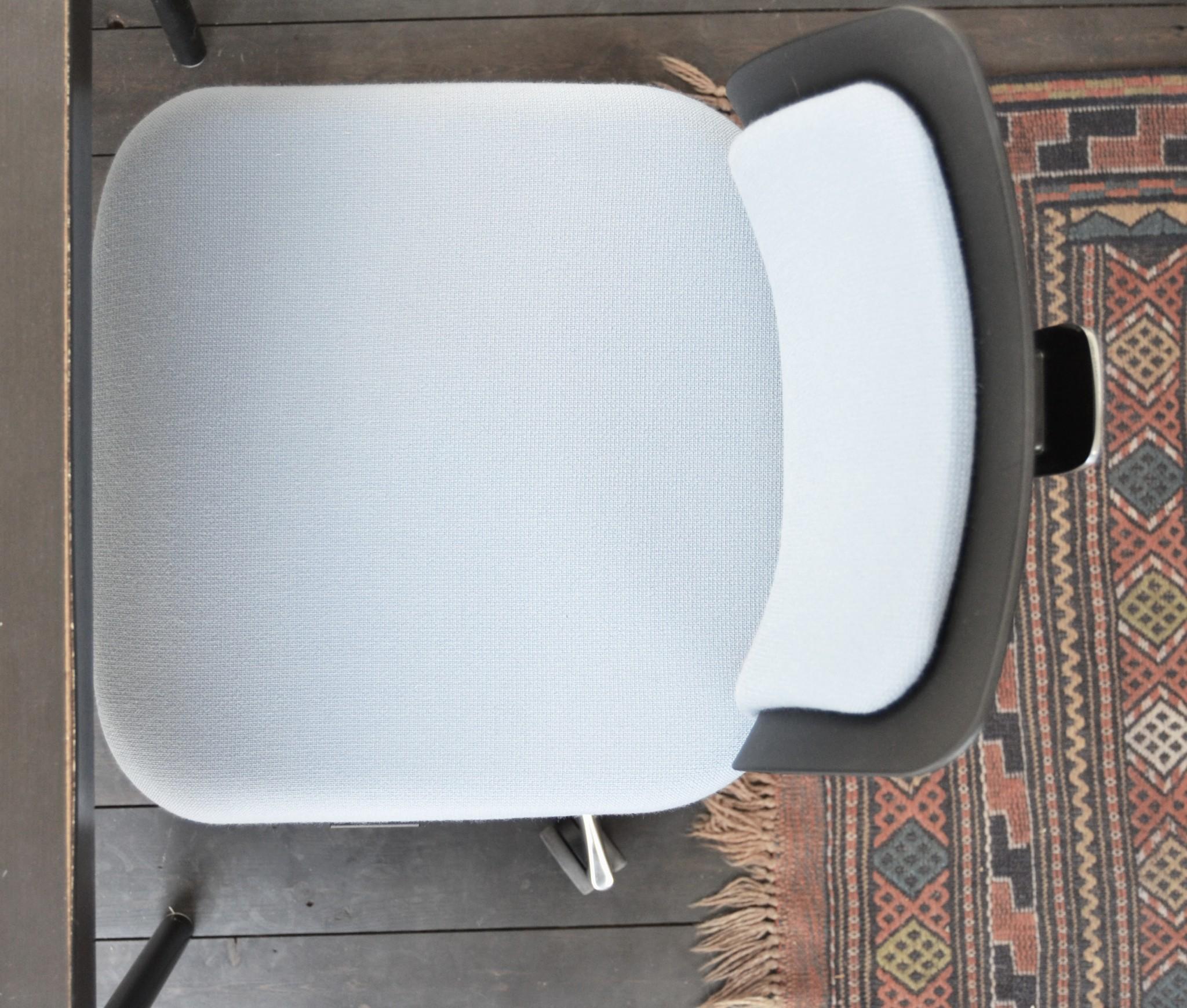 blaa-kontotrstol-fox-indretning-kontor