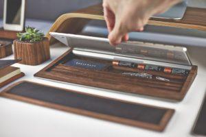 grovemade-deskcollection-walnut-keyboard-a1