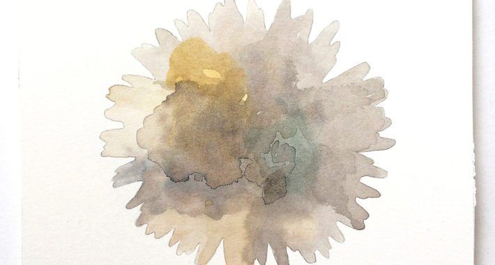 col8_flower-light-grey_jane-juel-jensen