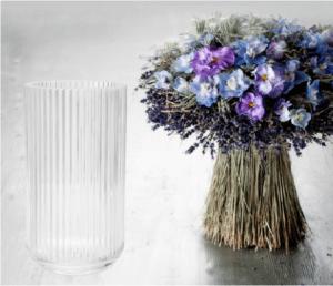 Vi binder blomster til den nye Lyngbyvase…