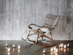 1081t-monet-rocking-chair-dok5000_flere-lys1