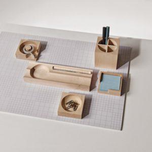 wooden-workspace-w480-h480-wm