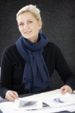 Pernille Folcarelli – et indlæg om kunst og ophængning