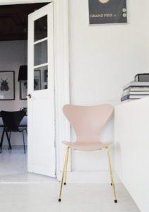 Arne Jacobsens 7'er fylder 60 år!