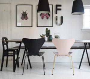 home_decor_diningroom_boligcious_plankebord_slagbaenk_diy_bordbuk_bordbukke_arnejacobsen_7_syveren_chair_fritz_hansen