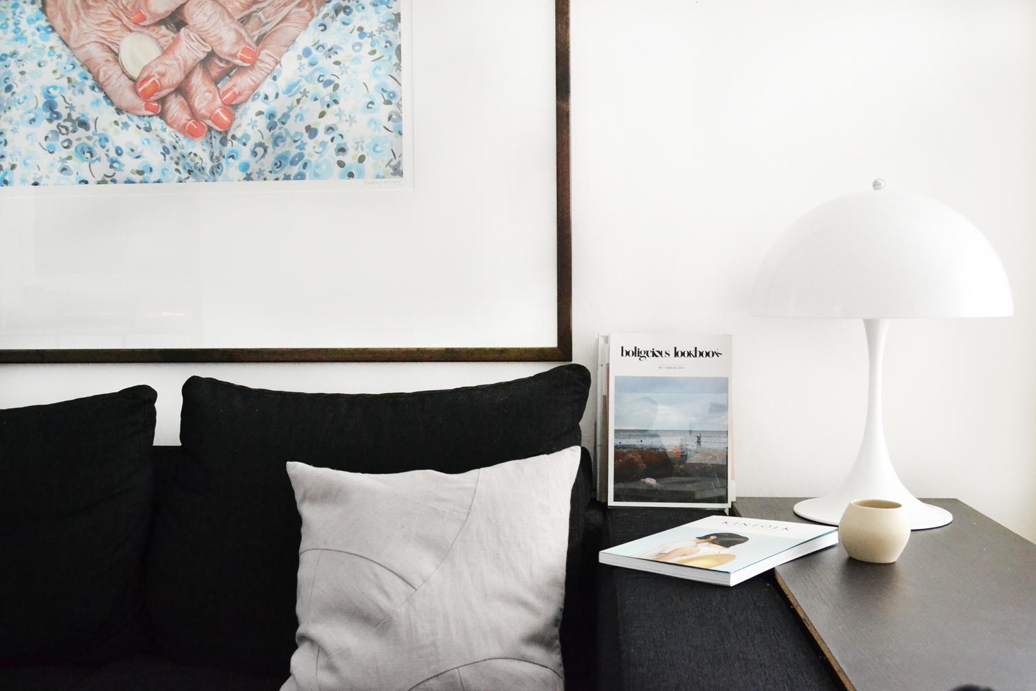 art-mariatorp-hands-haender-kunst-magasinholder-stue-livingroom-indretning