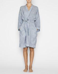 bathrobe_stribed