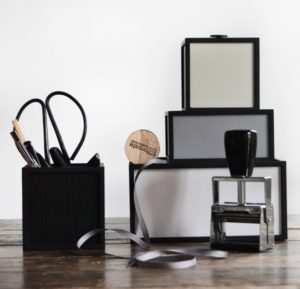 storrage-opbevaring-indretning-kontor-danishdesign-bylassen-kasse-box-opbevaringskasse-600x577-1