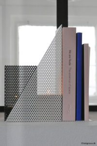lys-levendelys-lysestage-metal-industriel-huller-koboltblaa-fyrfaddstage