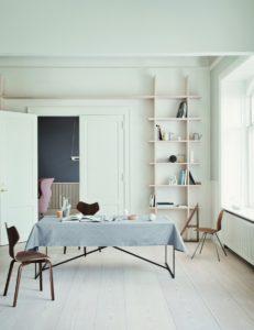 arne-jacobsen-tablecloth-opal-grey