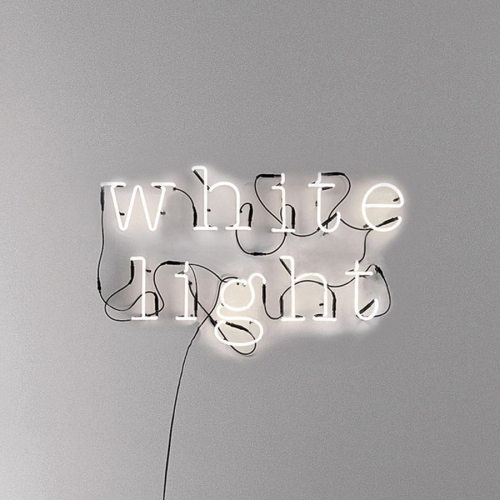 neon-lampe-med-bogstaver