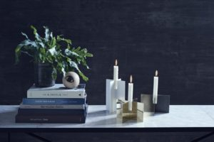 cross-candle-mood-6-high-table-white-marble