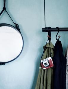 entre-indretning-bolig-hanger-coatrack-gubi-adnet-malenemariemoller-malene-marie-moller-swing-linddna-hallway