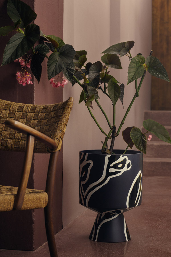 Fiora floor pot H500 midnight blue_LOW