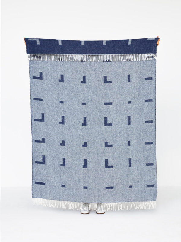 1950011_iota_blanket__royal_blue_04