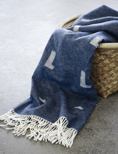 pt_1950011-iota-blanket-royal-blue-02