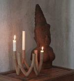 Lysestagen, der er modelleret efter inspiration fra nordiske stearinlys kreationer